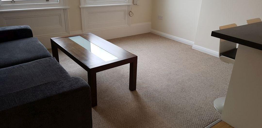Cockfosters rug cleaners EN4